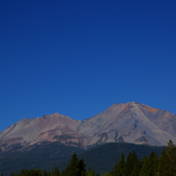 mount-shasta-in-drought