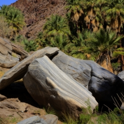 palm-canyon-rock-formation-3